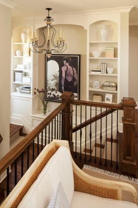 欧式风格米色精美楼梯装饰设计图片