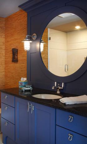蓝色现代风格卫生间装修效果图片
