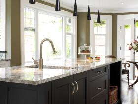 2016美式风格厨房吊顶设计图片
