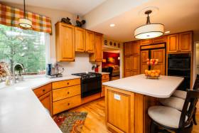 欧式风格橙色厨房装潢案例
