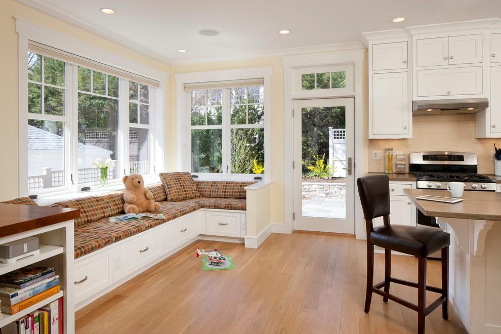 米色美式风格客厅卡座式沙发效果图赏析