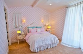 粉色欧式风格儿童房装修布置