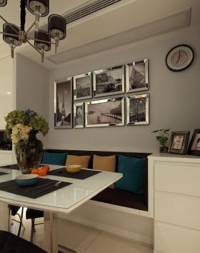 米色精致时尚现代风格照片墙装饰案例