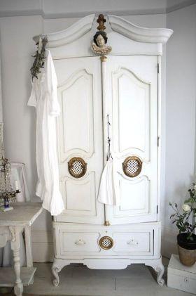 复古白色欧式风格衣柜设计图