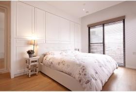 白色宜家卧室装修案例