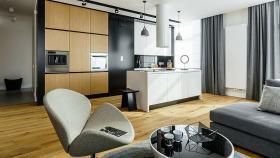 简约风格质感黑色开放式厨房装修美图