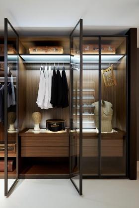 褐色简约风格典雅衣柜效果图设计