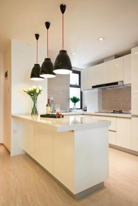 白色时尚简约风格厨房吧台装修设计
