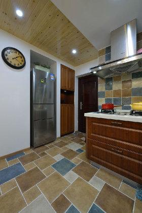 黄色美式风格入门玄关厨房设计案例