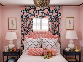 粉色东南亚风格儿童房窗帘美图赏析