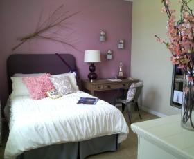 紫色温馨现代风格卧室装潢