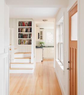 清新淡雅简约风格楼梯过道设计图片