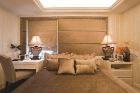 黄色东南亚风格卧室设计
