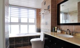 2016美式米色卫生间装饰案例