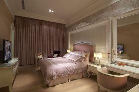 欧式风格粉色卧室设计图片