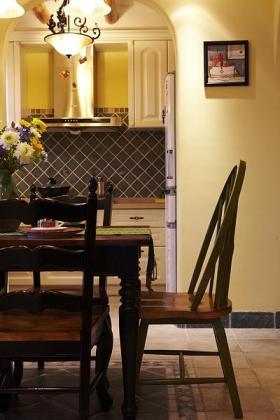 褐色东南亚风格餐厅桌椅效果图