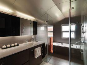 现代风格黑色卫生间装潢设计