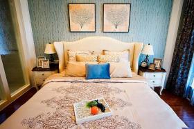 米色东南亚风格卧室装修图