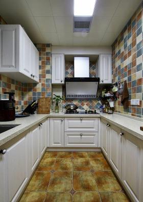 彩色活力简欧风格厨房装修设计