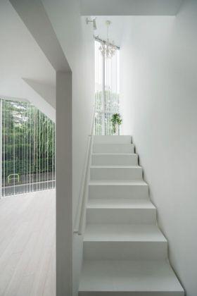 极致纯白雅致简约风格楼梯装修