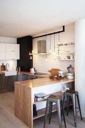原木色现代简约风格厨房吧台设计欣赏