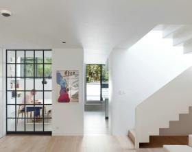 混搭风格客厅玻璃隔断效果图