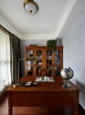 原木雅致美式风格书房设计案例