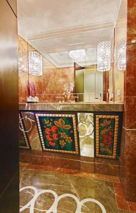 橙色东南亚风格卫生间设计装潢