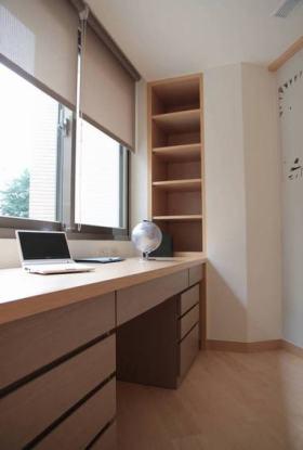 米色淡雅简约宜家风格书房设计案例