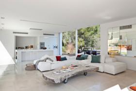 简约风格时尚白色客厅装潢