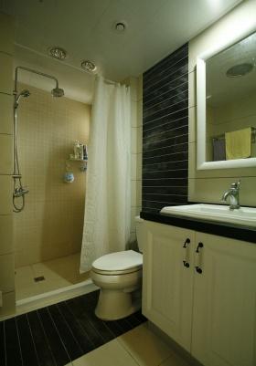 清爽舒适美式白色卫生间美图赏析