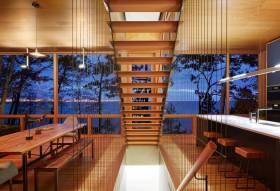 橙色现代别墅楼梯装饰设计图片