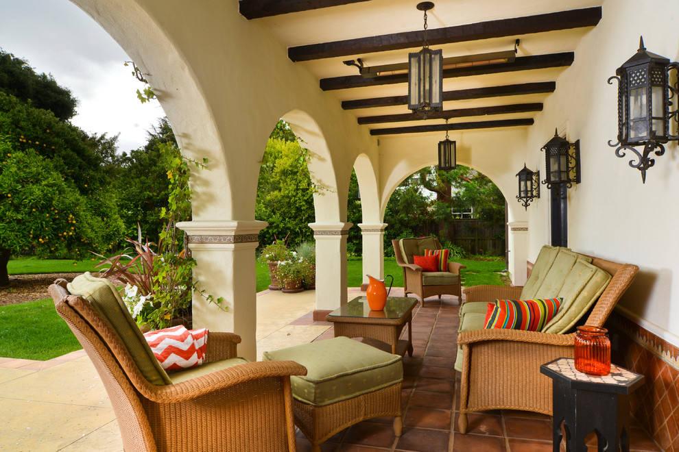 浪漫休闲美式别墅阳台装饰设计图片