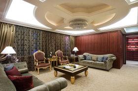红色新古典风格客厅高档沙发美图