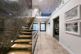 精致大气时尚雅致现代楼梯装修案例