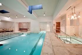 米色简约风格家装室内游泳池设计案例