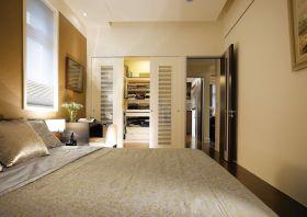 米色素雅美式风格卧室衣柜设计