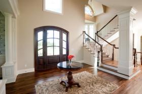 混搭褐色楼梯装修布置