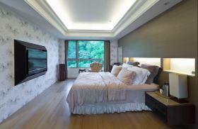 白色简欧风格卧室设计赏析