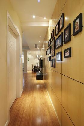 现代创意过道照片墙装潢设计图