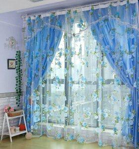 蓝色浪漫田园碎花窗帘图片