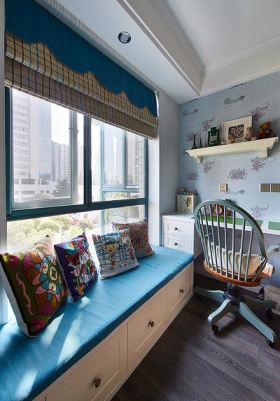 可爱甜美美式风格儿童房飘窗设计欣赏