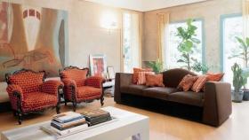 红色混搭客厅装修设计