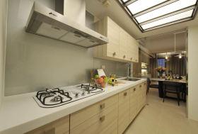 白色现代风格厨房橱柜装饰设计图片