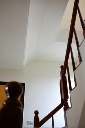 混搭白色楼梯美图欣赏