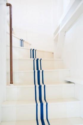 米色北欧风格楼梯装修设计