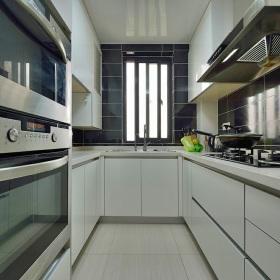 2016白色现代风格厨房橱柜效果图
