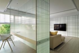 通透白色简约风格玻璃隔断装修图片