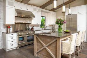 米色时尚混搭风格厨房橱柜设计图