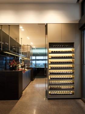 奢华大气现代风格酒柜装修设计